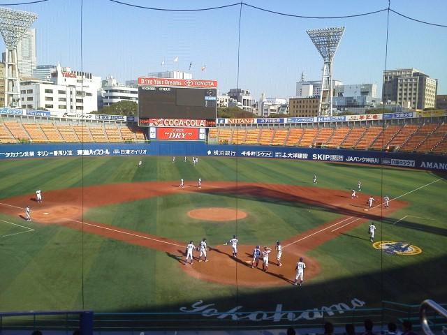 朝からみっちり野球を見よう(*<br />  ゜▽゜)ノ